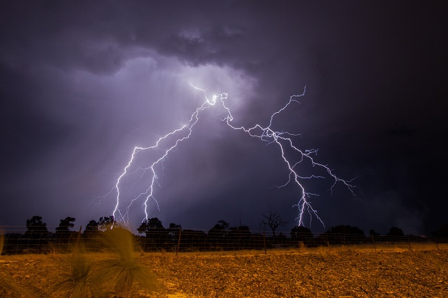 lightningggg