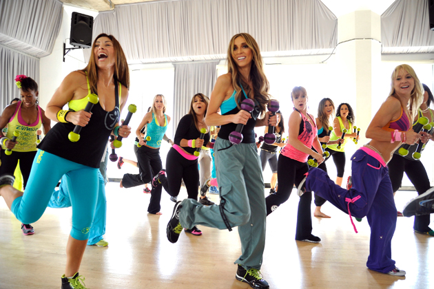 Giuliana Rancic Gets Fit With Zumba Toning
