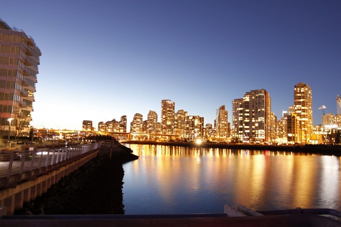 Vancouver-Twilight-by-photodreamz