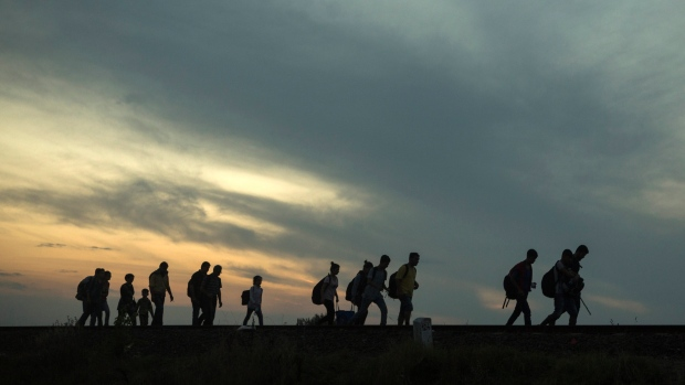 europe-migrants-escaping-the-islamic-state