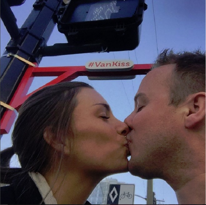 kiss15
