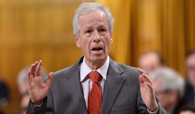 Foreign Affairs Minister Stéphane Dion22