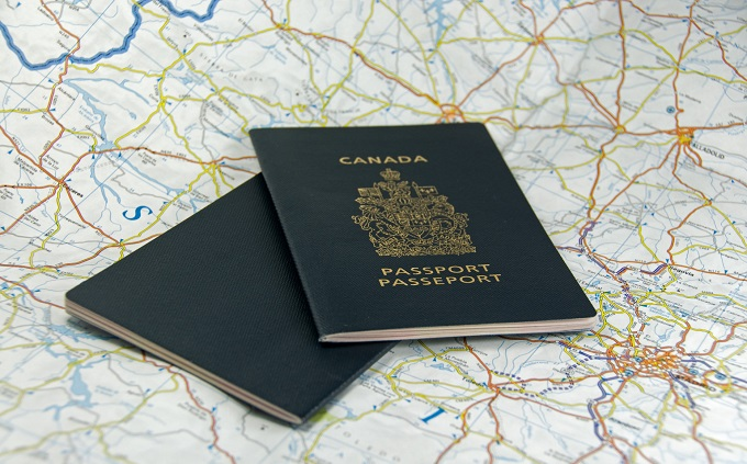 CANADA-PASSPORT-facebook