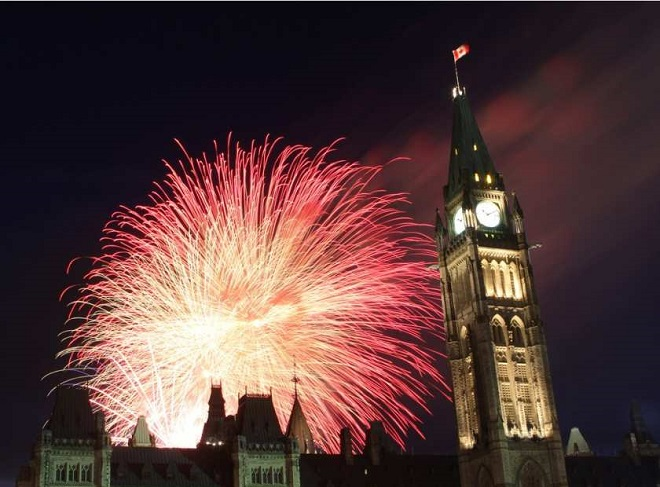 ottawa-on-july-1-2012-canada-day-fireworks-on-parliamen