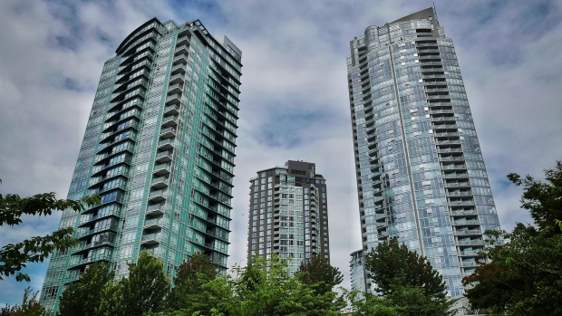 vancouver-condos-towers-apartments-high-rises-density-real-estate