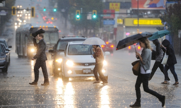 rainy-days-vancouver-sun