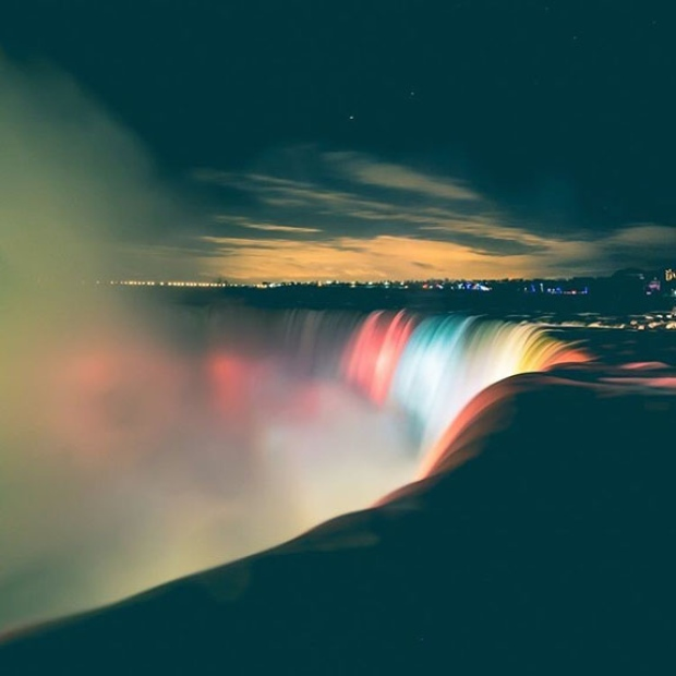 niagara-falls-illumination4