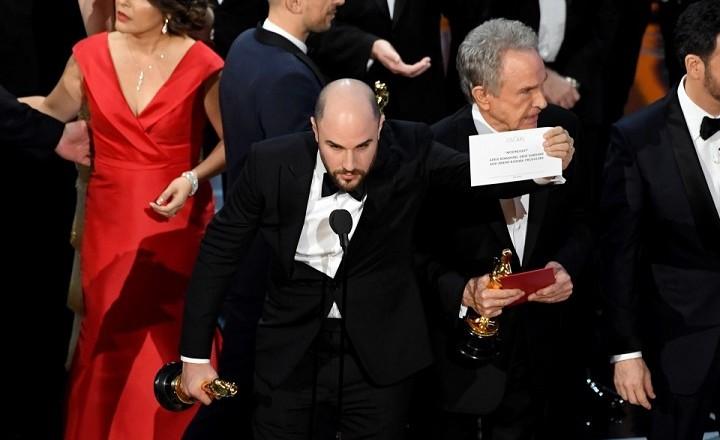 'Moonlight' wins Best Picture after bizarre gaffe