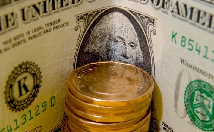 Loonie-Dollar-US