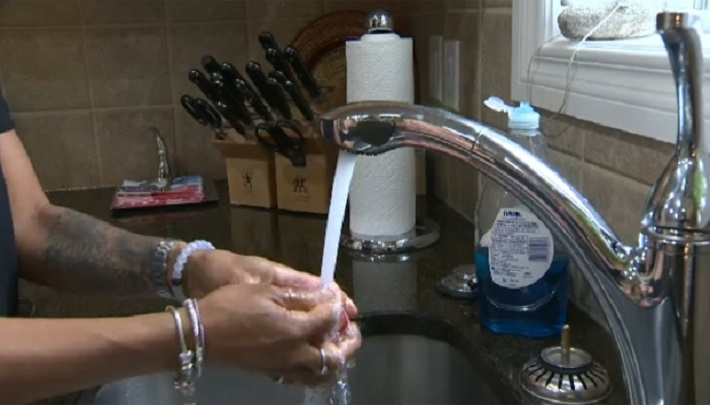 Calgary family fighting $2,500 water bill; utility refuses to budge