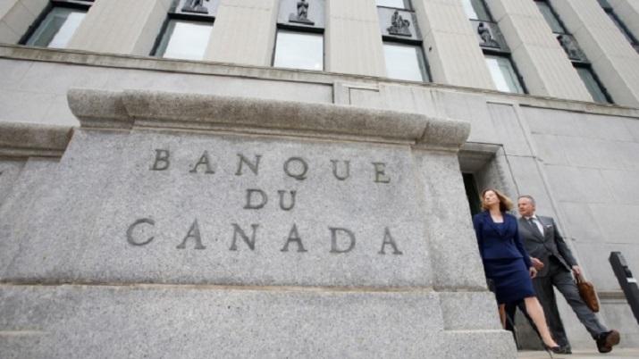 bank-of-canada-governor-stephen-poloz-and-senior-deputy-governor-carolyn-wilkins