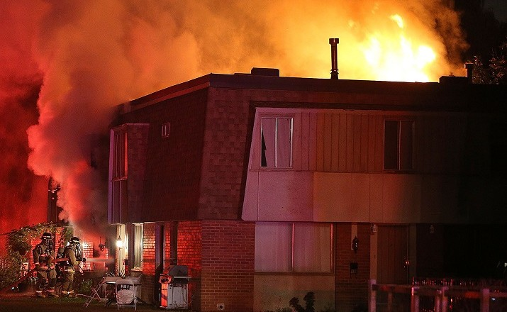 MISSISSAUGA-TOWNHOUSE-FIRE-3