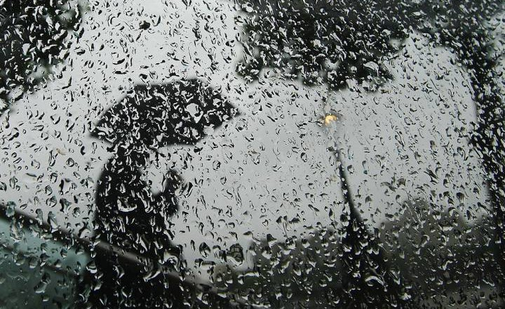 rain-window-81872852