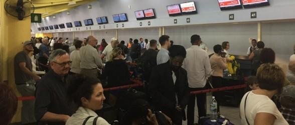 خطوط هوایی وست جت و ایرکانادا از پذیرفتن مسافران ایرانی دو ملیتی به مقصد آمریکا خودداری می کنند