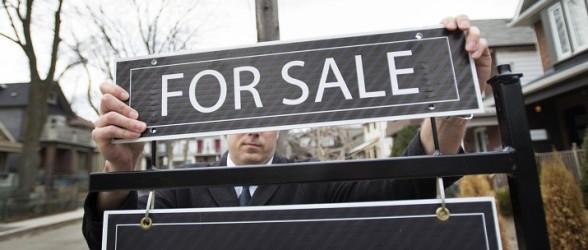 کاهش قیمت و تعداد معاملات در داغ ترین ماه بازار مسکن کانادا