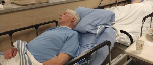 بیمار مسن بریتیش کلمبیایی پس از خونریزی مغزی، 4 شب را در راهروی بیمارستان گذراند
