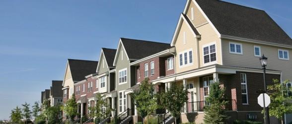 چرا باید قیمت خانه ها در حومه ونکوور و تورنتو از لندن و نیویورک بالاتر باشد؟
