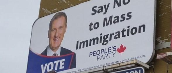 بیلبوردهای تبلیغ سیاستهای ضدمهاجرتی ماکسیم برنیه حذف میشوند