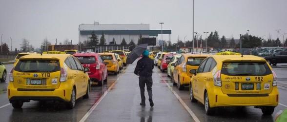 راننده تاکسی ونکووری بابت چمدانهای زیاد مسافران 15 دلار کرایه اضافه گرفت!