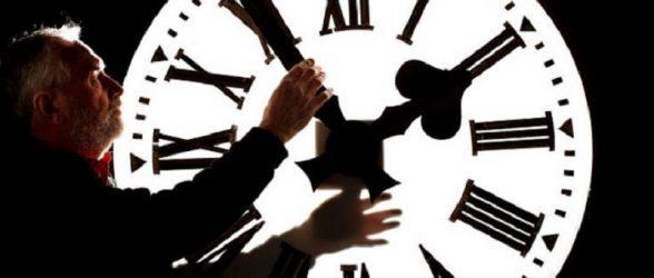 اگر بریتیش کلمبیا دست از  تغییر ساعت بردارد، اختلاف زمانی آن با سایر نقاط کانادا چقدر خواهد بود؟