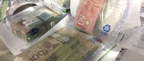 کشف  3 میلیون دلار پول نقد در واحد مسکونی ویژه افراد کم درآمد در برنابی !
