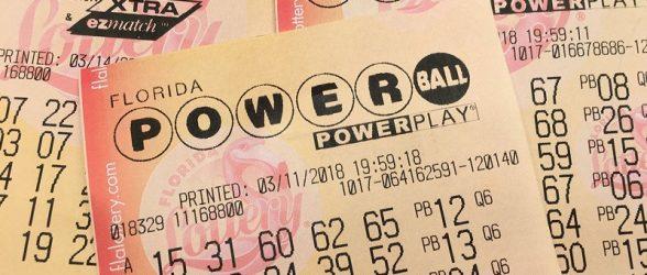 شرکت لاتاری پذیرفت 1.5 میلیون دلار بیشتر به برنده جکپات پرداخت کند!