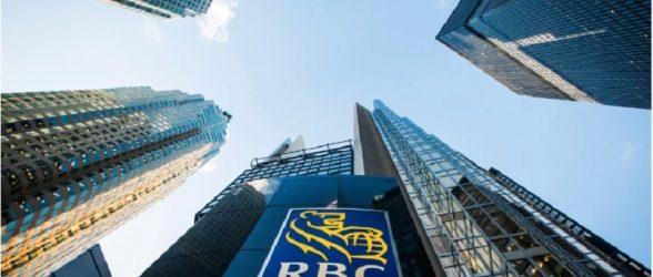 سارقی در تورنتو پول نقد را با کارت دبیت تقلبی برداشت کرده اما بانک مشتری را مقصرمی داند!