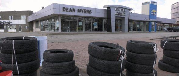 تعطیل شدن ناگهانی نمایندگی خودرو در تورنتو، دهها مشتری را سرگردان کرد
