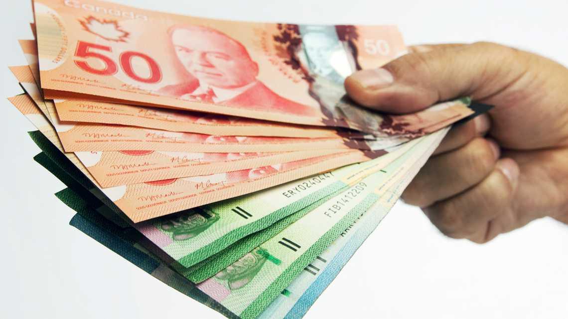 نزدیک به نیم میلیارد دلار کمک نقدی دولت کانادا به افرادی پرداخت شده که صلاحیت نداشتند !
