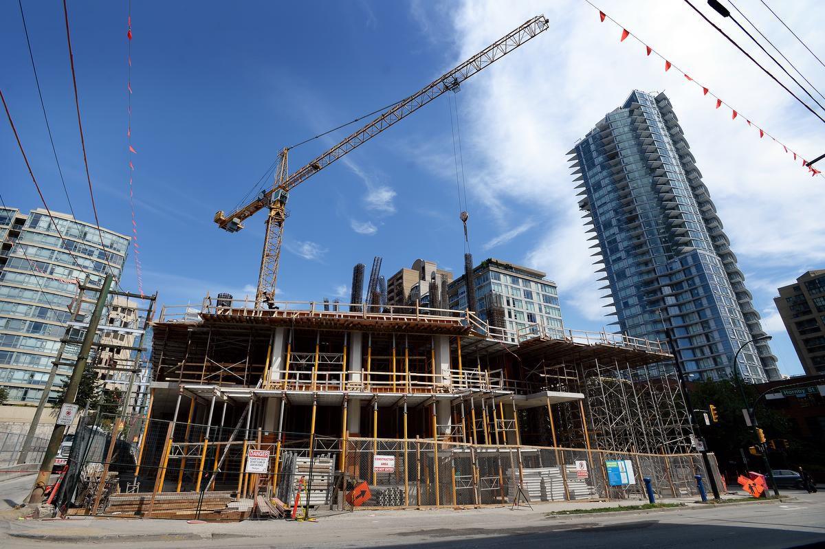 سرمایهگذاری در ساختوساز املاک مسکونی کانادا بیش از 21 درصد کاهش یافت