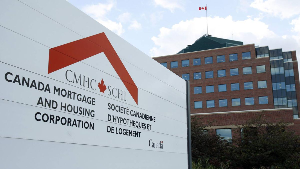 درخواست نهاد اصلی مسکن کانادا از بانکها برای عدم پرداخت وامهای ریسکی به مشتریان