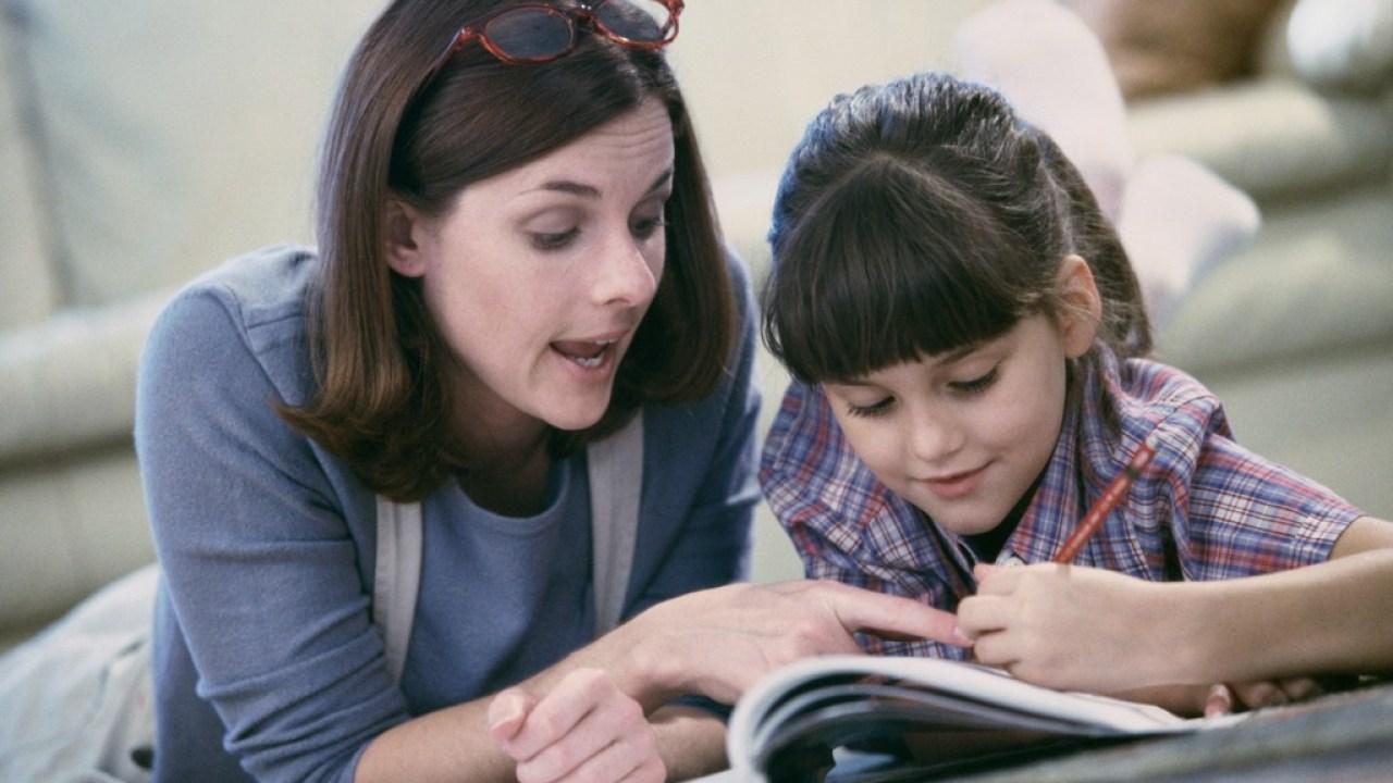نگرانی از برنامه بازگشت به مدرسه موجب افزایش علاقه به تدریس در خانه شده است