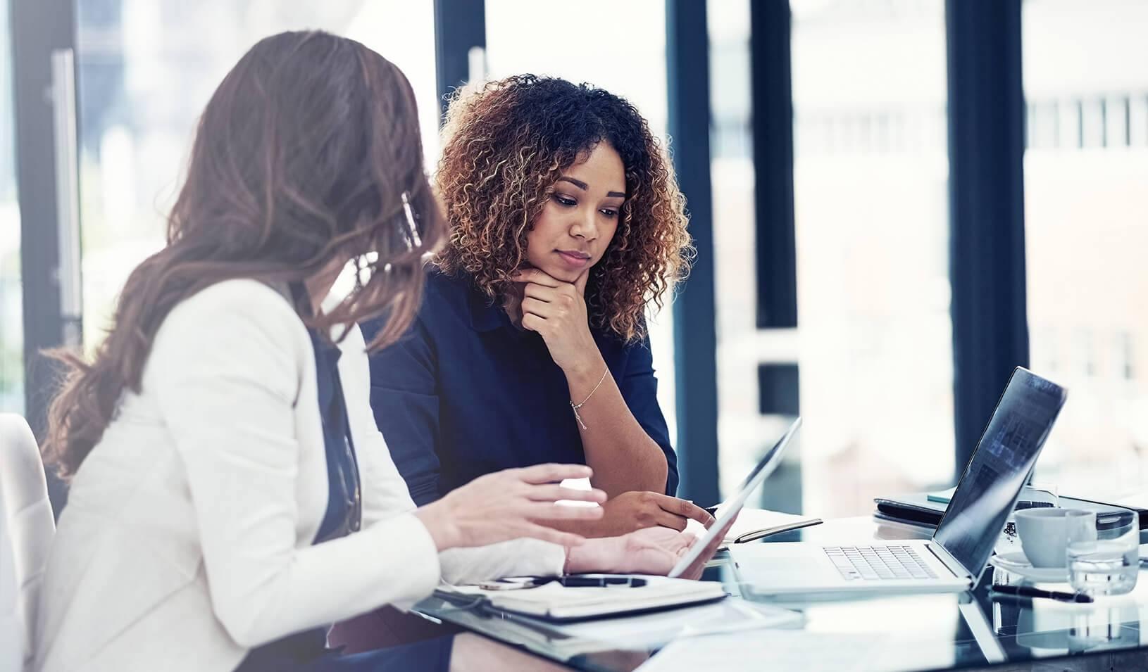 در شرایط اقتصادی  پس از پاندمی ،یک سوم زنان شاغل کانادایی به انصراف از کار فکرمیکنند