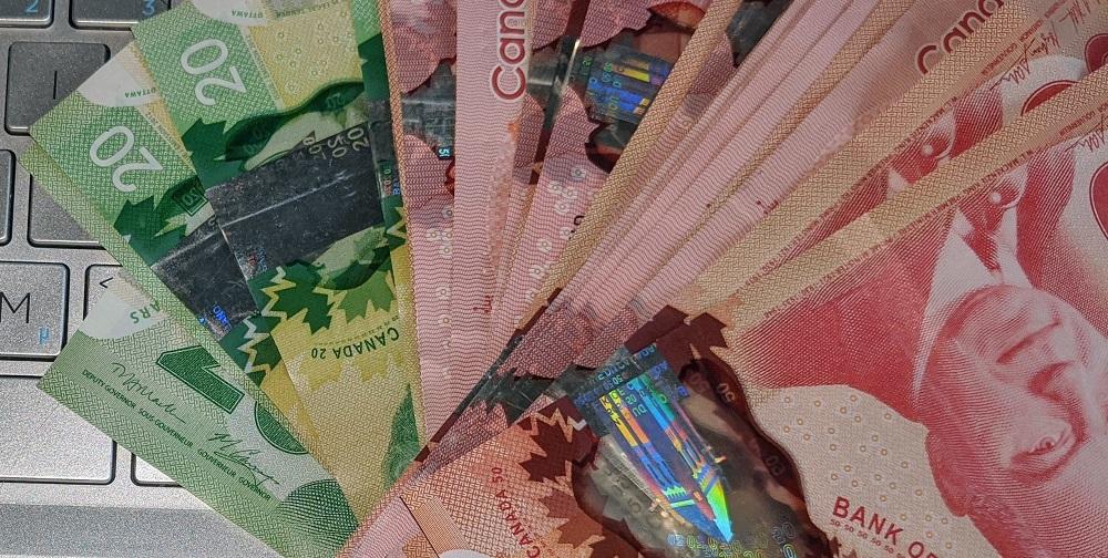 در صورت تصویب لایحه جدید دولت فدرال ،مجددا کانادایی های واجد شرایط حداکثر تا 26 هفته کمک مالی 2000 دلاری دریافت خواهند کرد