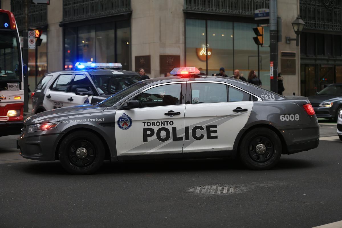 جریمه 880 دلاری برای 14 نفر بعد از یورش پلیس به پارتی بزرگ در تورنتو