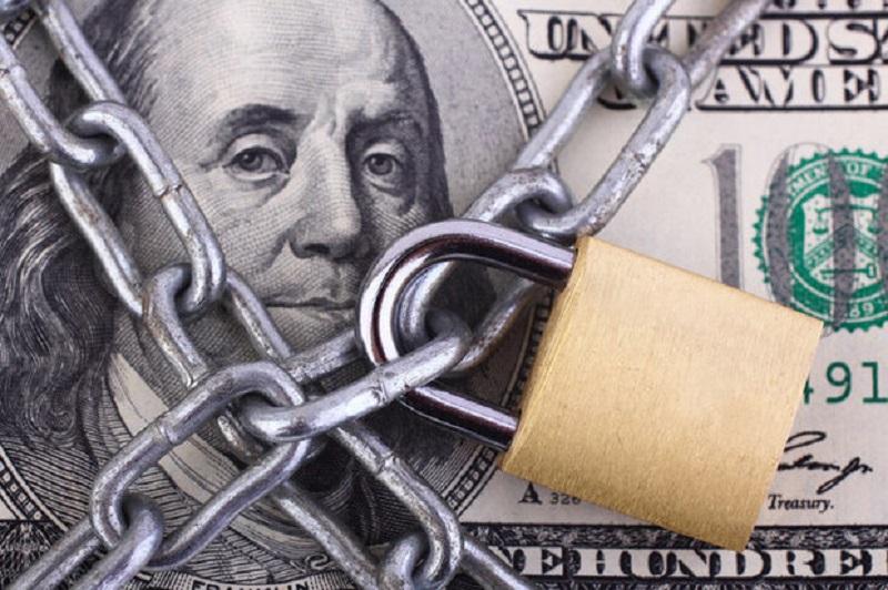 هشدار غیررسمی یکی از بانکهای بزرگ کانادا نسبت به بسته شدن حساب مشتری در صورت واریز پول با منشا ایران