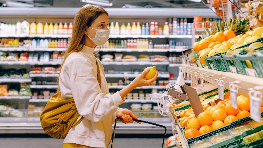 گزارش جدید نشان میدهد هزینه خرید مواد غذایی برای کاناداییها افزایش پیدا خواهد کرد