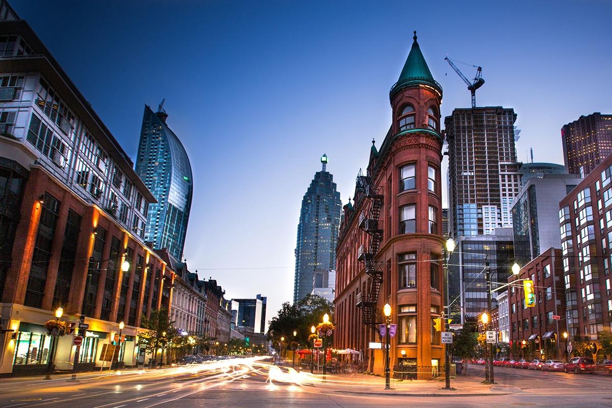با وجود افت فروش کاندوها، قیمت مسکن در تورنتو 14 درصد بالا رفت