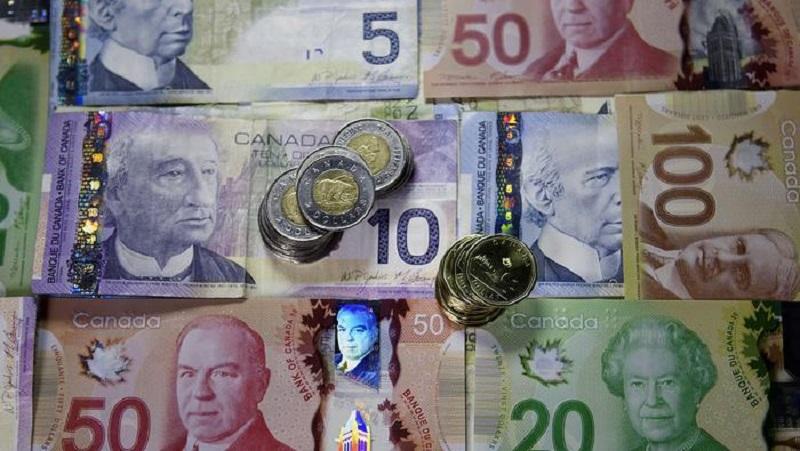 هشدار بانک مرکزی درباره تهدید چشم انداز اقتصادی با افزایش ارزش دلار کانادا
