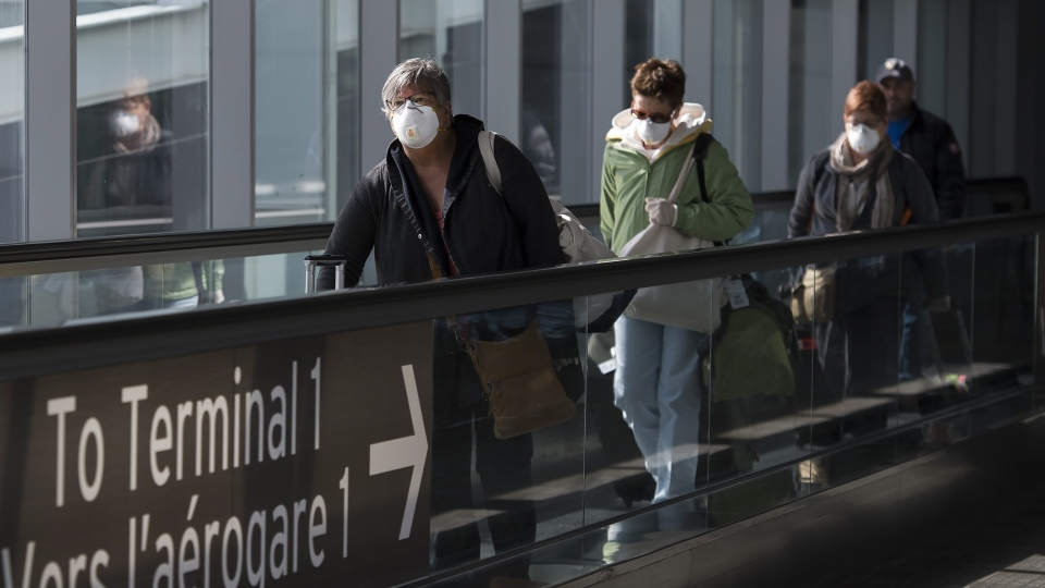 اعتراض وزیر کار به پرداخت کمک نقدی ویژه کووید 19 به مسافرانی که از سفر تفریحی خارجی به کانادا برمی گردند!!