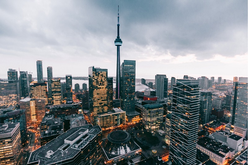 بخش قابل توجهی از سرمایهگذاران املاک تورنتو در سال جاری  قصد فروش دارند