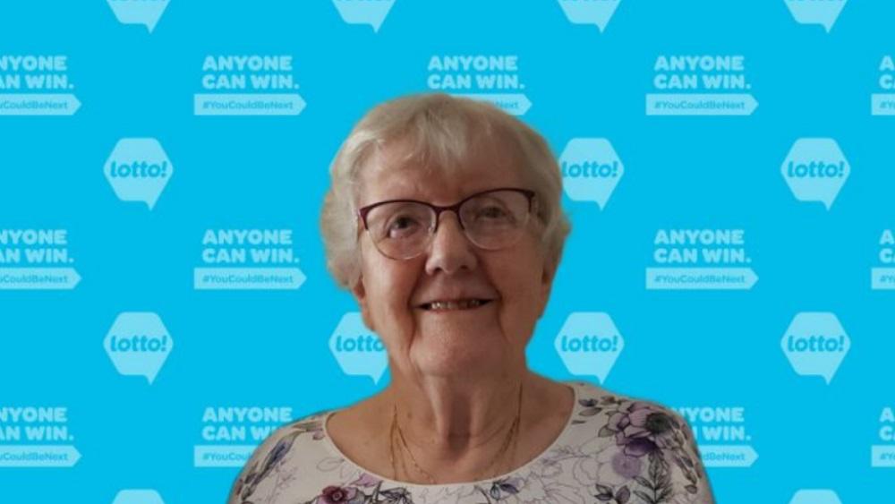 برنده 90 ساله  لاتاری 4.2 میلیون دلاری به خیریه کمک میکند