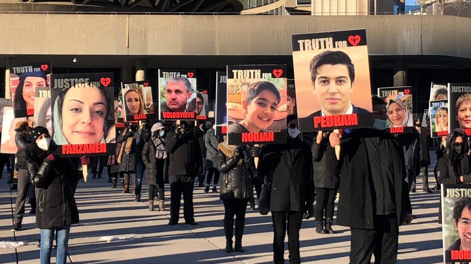 شکایت خانوادههای قربانیان پرواز 752 از سپاه پاسداران و شرکت هواپیمایی اکراین