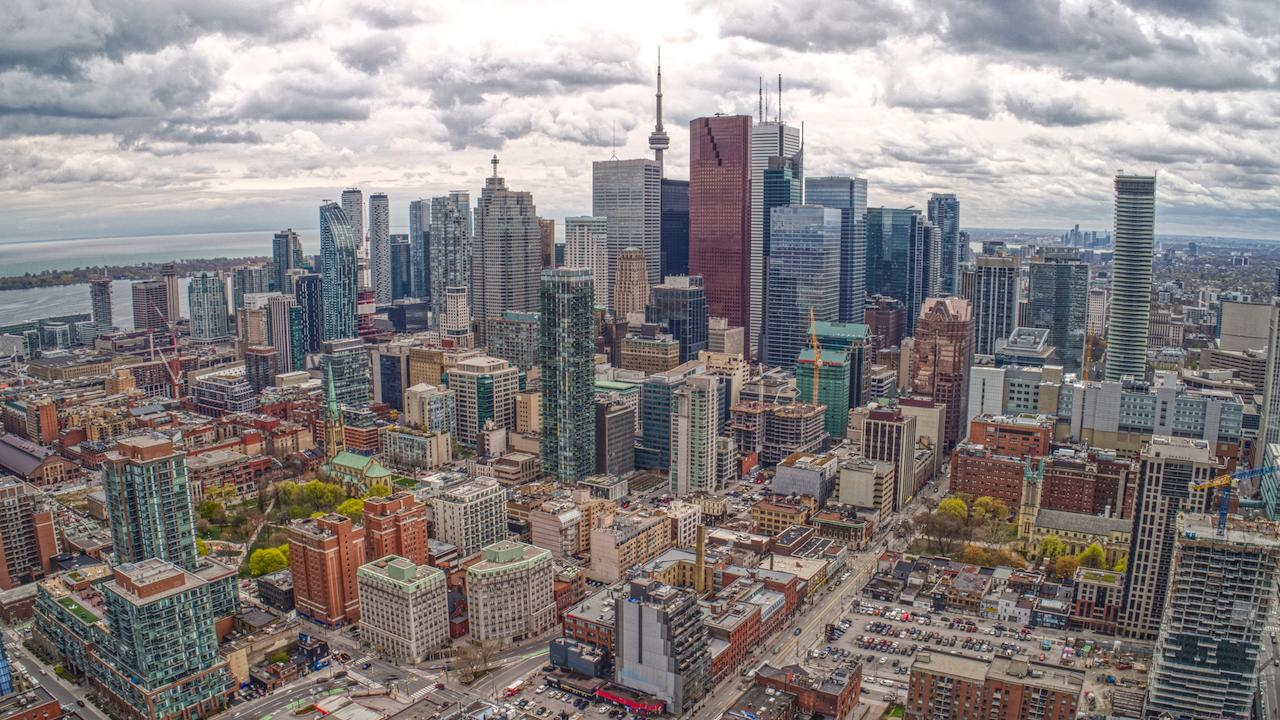 """بانک RBC: """"جنون مسکن"""" پس از پاندمی، قدرت خرید کانادایی ها را به پایین ترین سطح در 31 سال اخیر رساند"""