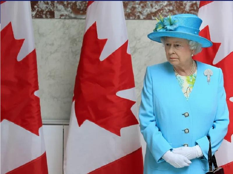 میزان علاقه کاناداییها برای کنار گذاشتن ملکه الیزابت از «ریاست کشور» به بالاترین حد در دهه اخیر رسید
