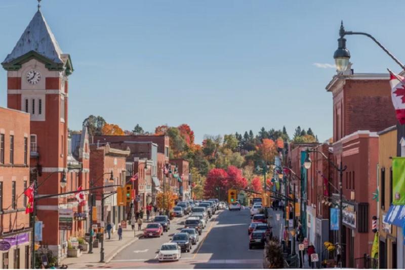 با موج گرانی در کانادا،نیمی از خریداران خانه اولی چشم به حومه شهرها دوخته اند