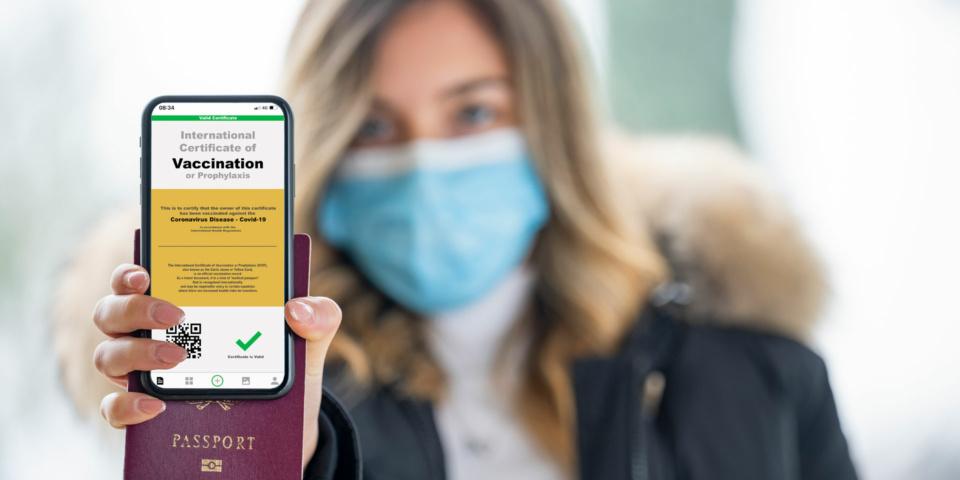 واکنش های رسمی و غیررسمی به طرح ارائه «پاسپورت واکسن» در مرز آمریکا و کانادا