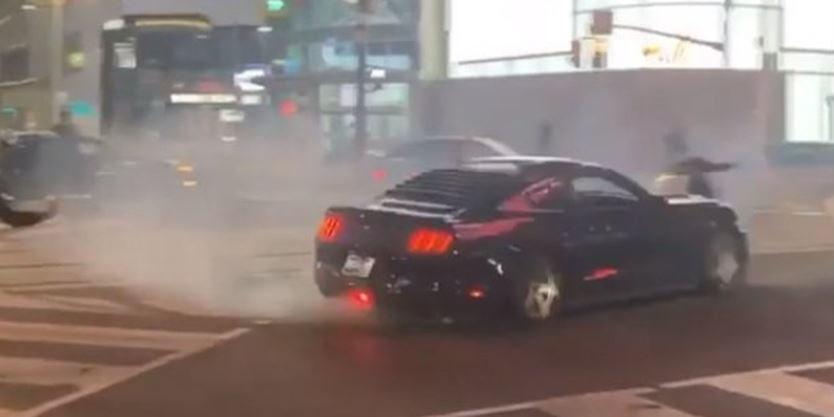 اعلام جرایم سنگین برای سرعت بالا و حرکات نمایشی با خودرو در انتاریو