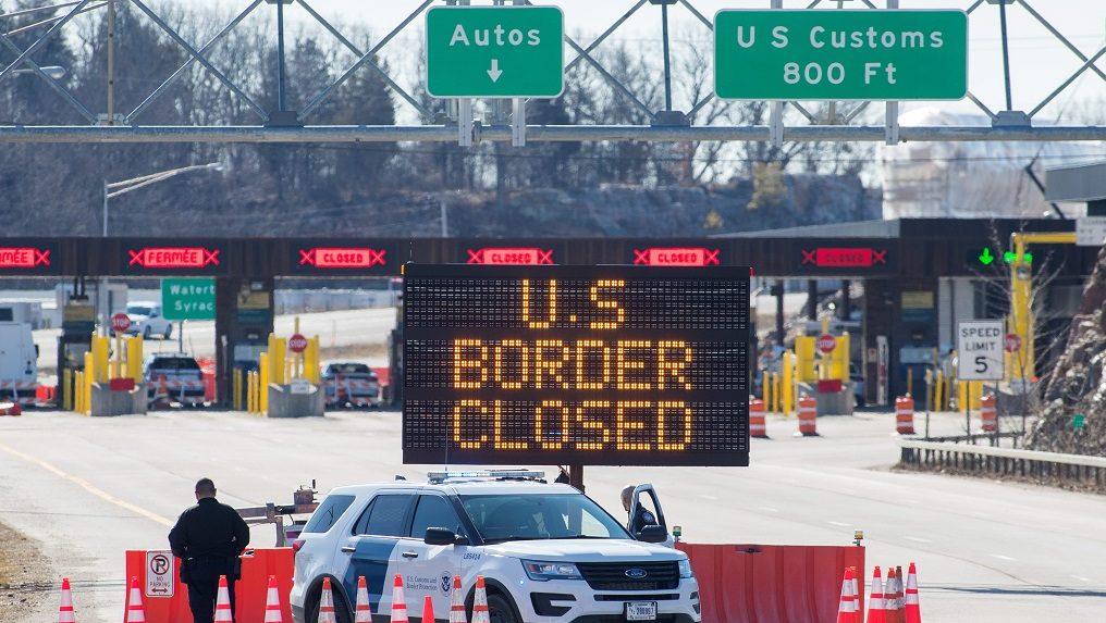 بازگشایی مرز آمریکا-کانادا برای سفرهای غیرضروری چه زمان باید صورت گیرد؟