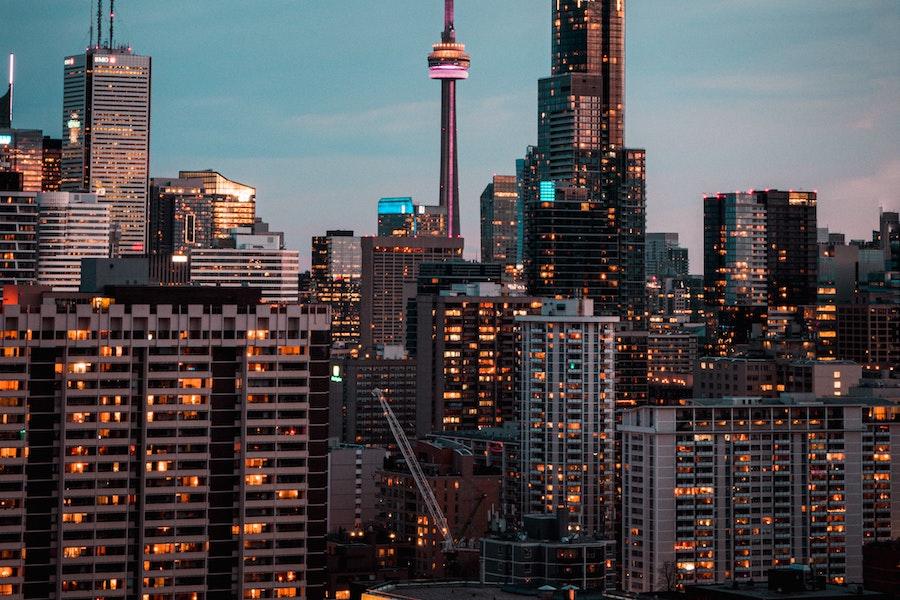 با تصویب کمیته اجرایی شهرداری ،تورنتو  یک گام به تعیین مالیات برای خانه های خالی نزدیک شد